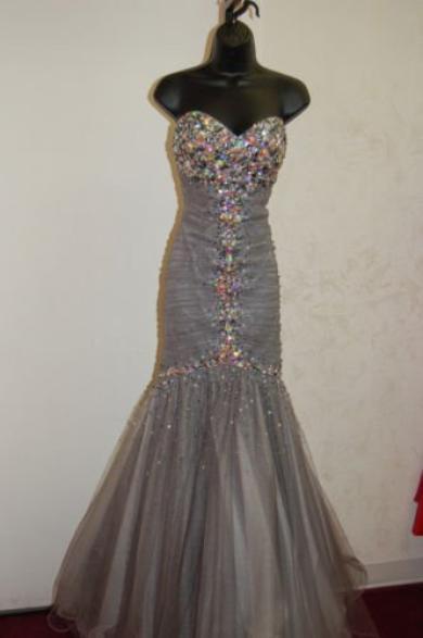 superbe robe de soirée JOVANI T 36/38