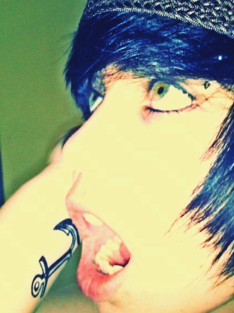 Andy Kazu « Le chagrin est comme un océan : profond, sombre, et si vaste qu'il peut engloutir chacun d'entre nous... » ♥