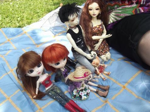 Rencontre de dolls partie 1