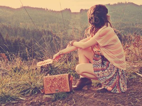 Il y a trois catégories d'amis : Les vrais , Les temporaires , Les fauxculs.