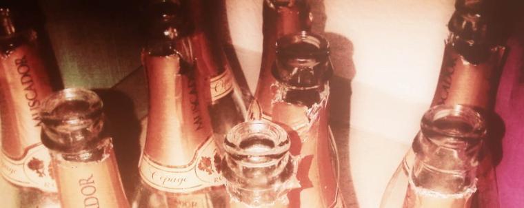 1 verre, 2 verres, ... oh, la bouteille est vide!