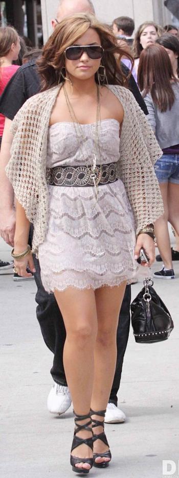 Style: Demi Lovato O3