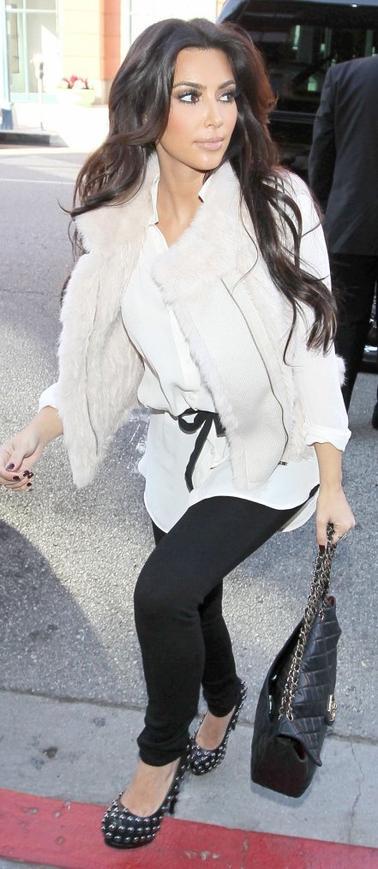 Style: Kim Kardashian O4