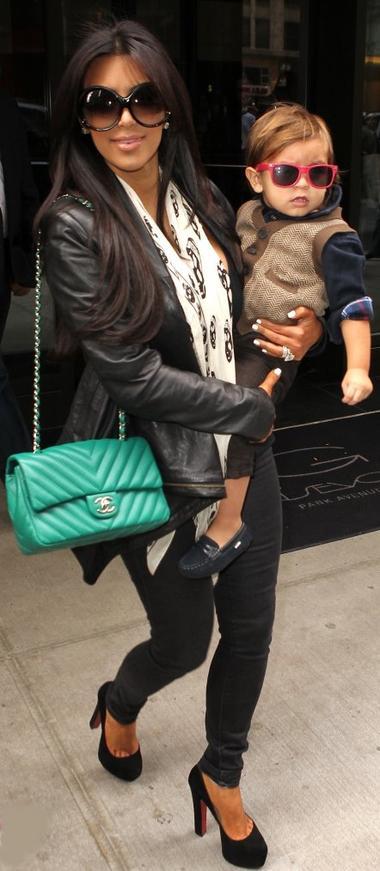 Style: Kim Kardashian O9