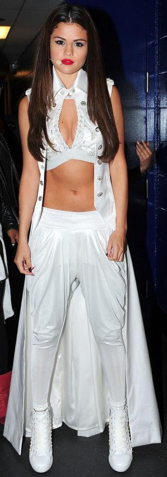 Style: Selena Gomez O1