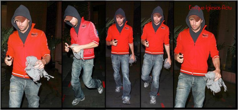 Enrique sort du restaurant Fogo de Chao à Los Angeles • 1er Mars 2012