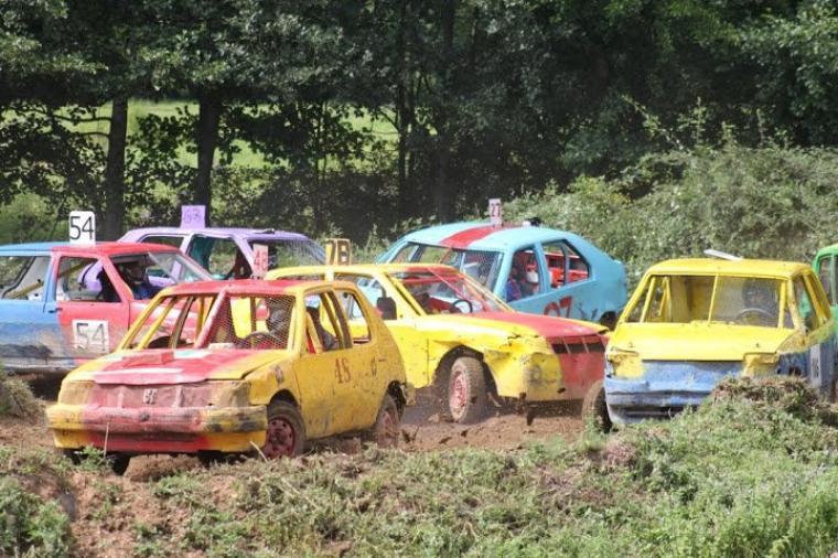 FUN CARS (VOITURES SUR PRAIRIE) à MAIZILLY (LOIRE) Dimanche 21 JUILLET 2013