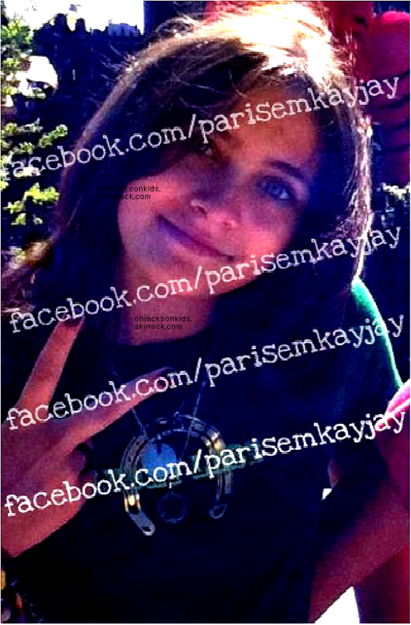 PP&B go to Church// 10th July 2011  (+ 2 Paris Jackson Personal pictures.)