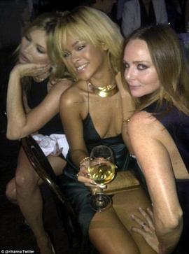 Stella, Rihanna & Kate Tres Copine ^^