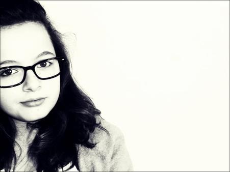 - Je suis ce genre de fille qui prétend s'en foutre avec le sourire.