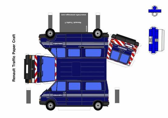 Camionnettes de gendarmerie