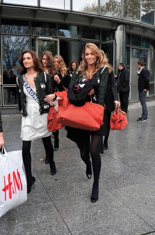 2013/11/15: Départ des Miss