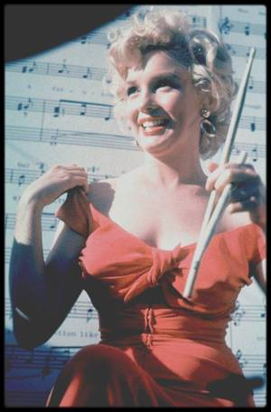 """3 Août 1952 / UNE CHANSON POUR MARILYN... (interprètée par Ray ANTHONY, paroles et musique par Ervin DRAKE et Jimmy SHIRL, voir photo). La chanson a été écrite et composée du vivant de Marilyn. Elle est interprétée par Ray ANTHONY, célèbre trompettiste de Jazz américain né en 1922, qui a été notamment marié avec Mamie VAN DOREN, une actrice au look de Marilyn. Ray ANTHONY et son groupe vont interpréter la chanson devant Marilyn, à l'occasion d'une fête qui était donnée en son honneur le 3 août 1952 à Los Angeles et organisée par la Fox pour promouvoir la star. (PAROLES) """"My Marilyn"""" by Ray ANTHONY"""