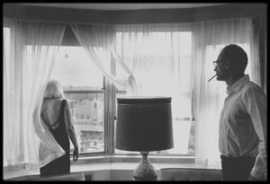 """1960 / Photos Inge MORATH, Marilyn et Arthur résident au """"Mapes Hotel"""" à Reno lors du tournage du film """"The misfits""""."""