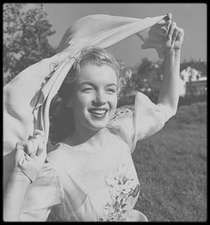 """1947 / """"IN THE WIND"""" by Earl THEISEN."""