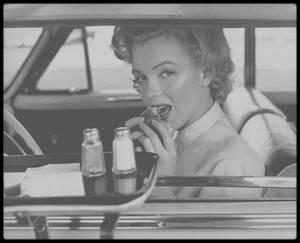1952 / Marilyn à Hollywood sous l'objectif de Philippe HALSMAN.