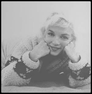 1er Juillet 1962 / Marilyn tout simplement vue par George BARRIS. Dimanche 1er juillet, dernier jour de la séance photo, derniers clichés. La séance eut lieu sur la plage de Santa Monica, près de la maison des LAWFORD. (ma session préférée).