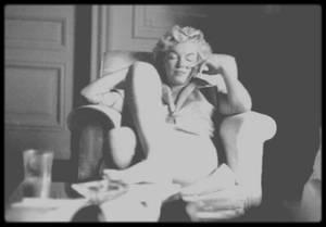 """Septembre 1954 / Lors du tournage du film """"The seven year itch"""", Marilyn loge au St Regis Hotel à New York. (Photos Milton GREENE)."""