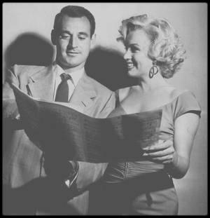 """3 Août 1952 / (PART VIII) Marilyn est l'invitée d'honneur chez le chef d'orchestre Ray ANTHONY à une fête donnée en son honneur par la Fox. Une chanson est même écrite en son honneur, """"My Marilyn"""" (voir article sur blog, tag chanson)."""
