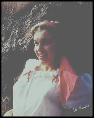 1945 / (PART III) Restons à la plage pour se rafraîchir avec ces photos de la jeune Norma Jeane sous l'objectif de William CARROLL.