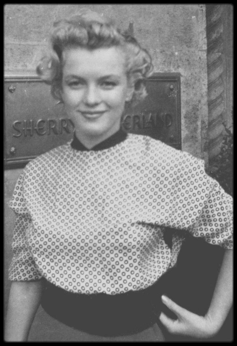 1951 / RARE Autographe de Marilyn...