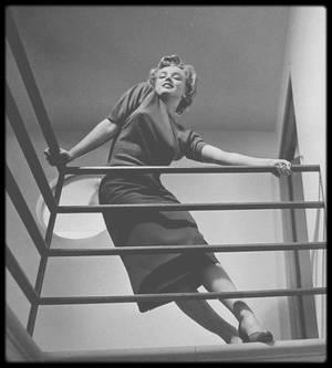 1952 / Marilyn by Philippe HALSMAN.
