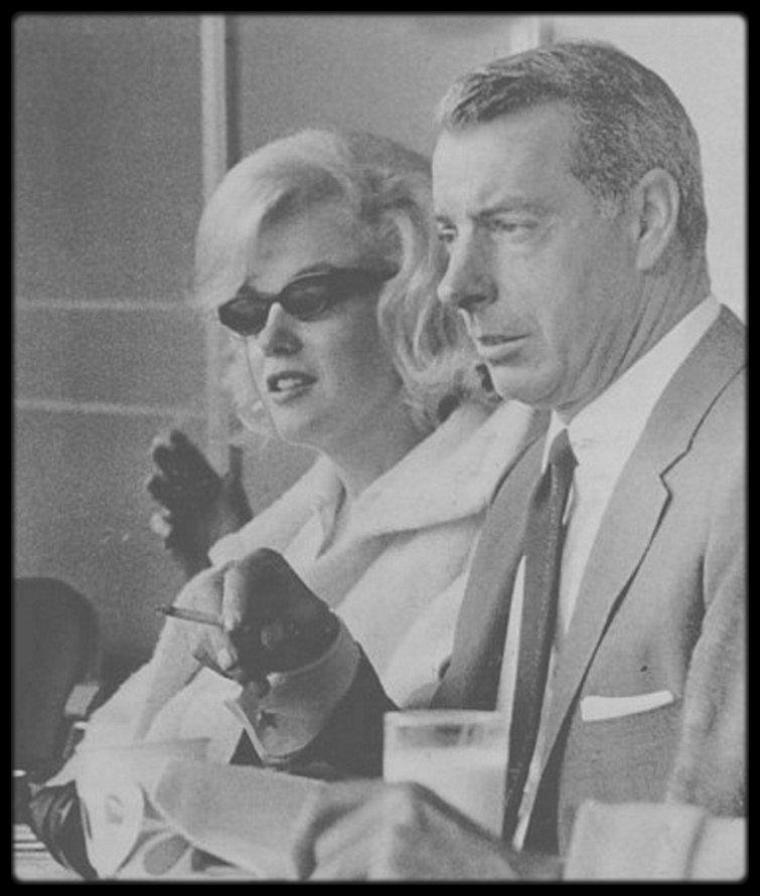 11 Avril 1961 / Marilyn et Joe assistent à un match de baseball.
