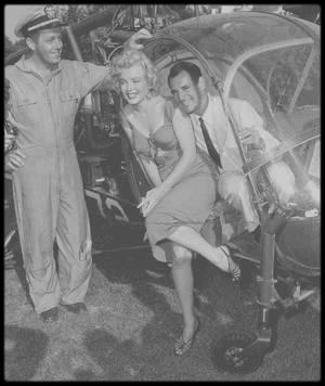 3 Août 1952 / Nouvelles photos sur la fameuse journée organisée par la FOX en l'honneur de Marilyn, chez le chef d'orchestre Ray ANTHONY. (voir tags).