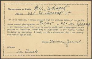 18 Mai 1945 / Norma Jeane by M.O. SCHWARTZ.