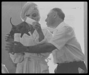 """1er Juin 1962 / Aujourd'hui Marilyn fêterait ses 91ans ! Marilyn fête son 36ème anniversaire sur le plateau de tournage du film """"Something's got to give""""."""