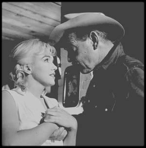 """1960 / Et toujours mes photos sur le film """"The misfits"""", qui reste mon préféré... Tout comme mon amie Simona !"""