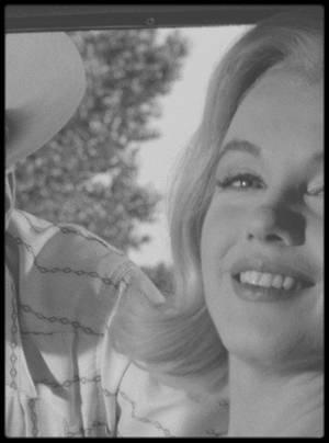 """1960 / Pour mon amie Simona, ces 8 nouvelles photos de Marilyn, GABLE, WALLACH, RITTER lors du tournage d'une scène du film """"The misfits""""."""