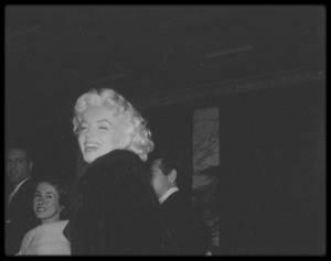 """11 Mars 1955 / REVELATIONS DE JERRY LEWIS (1926-2017)... (Soirée organisée en l'honneur des humoristes Dean MARTIN et Jerry LEWIS, au """"Friars club"""" du """"Waldorf Astoria"""")."""