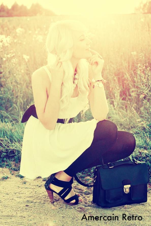 """Tenue 19""""Jolie les chaussures"""";)"""