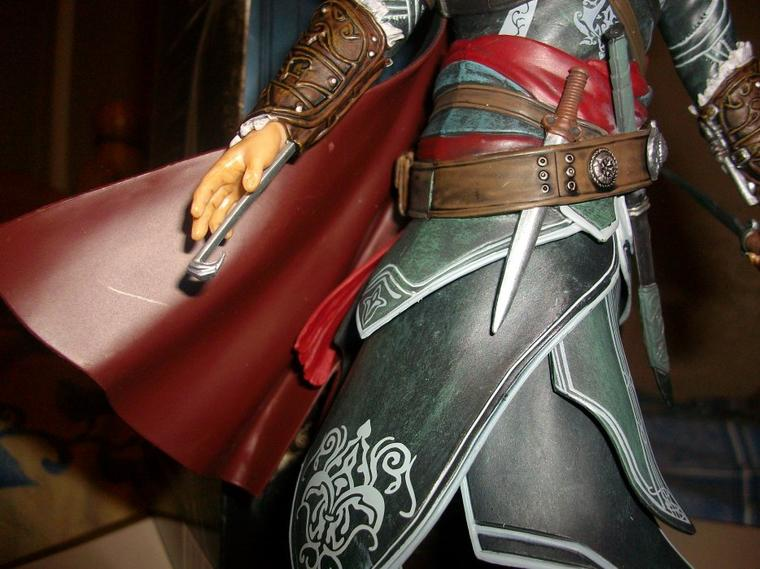 Assassin's Creed : Ma collection-Statuettes Ezio Auditore ACR
