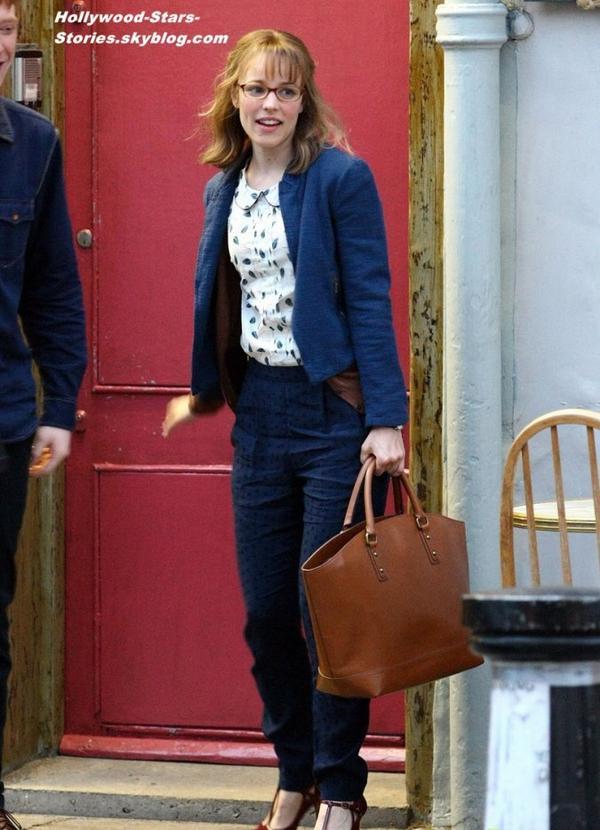 """Rachel McAdams sur le tournage de son prochain film """"About Time"""" à Londres, en Angleterre. Mercredi, 04 juillet"""