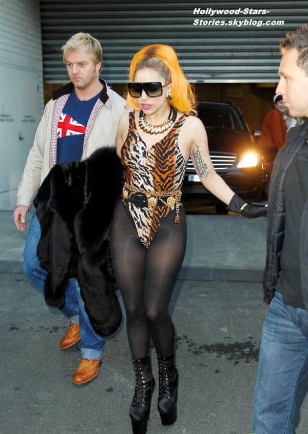 Lady Gaga en léopard dans les rues de Melbourne, en Australie. Mercredi, 04 juillet