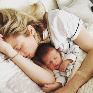 Claire Coffee est maman