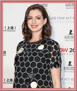 Anne Hathaway, maman discrète