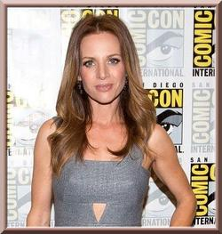 Jessalyn Gilsig rejoint Scandal
