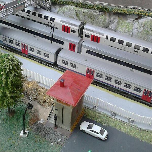 Vu aérienne des quais de la gare principale