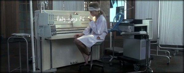 "22.11.11 LADY GAGA INTERVIEWÉE DANS L'ÉMISSION ""GOOD MORNING AMERICA"""