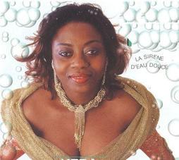 Pour la promotion de l'album «Désolée», Faya Tess séjourne à Kinshasa