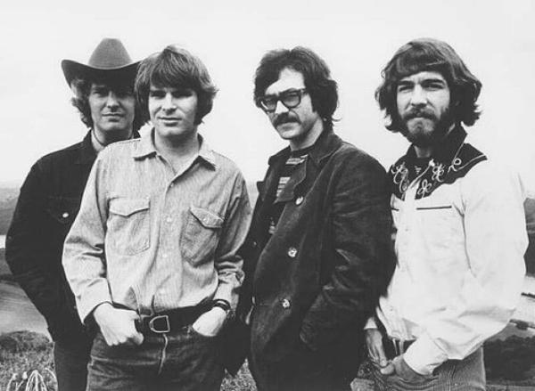 Creedence Clearwater Rivival  (8424)