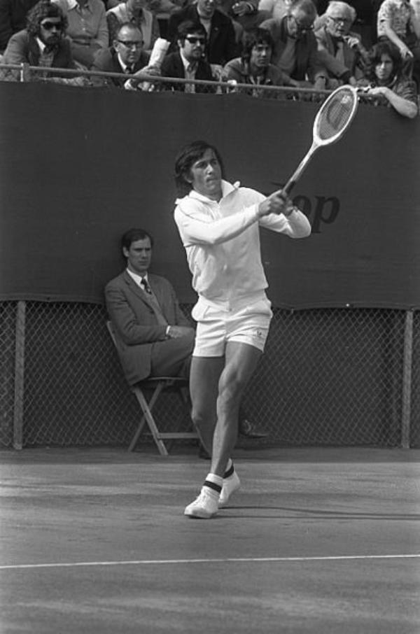 Joueur de Tennis   (8880)