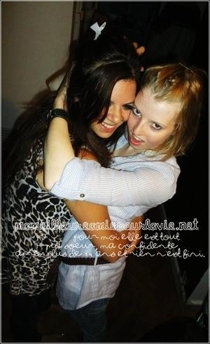 EMILIE & MARION Ma meilleure amie, sans toi ma vie ne ressemble a rien. Je t'aime __________________________________Septembre 1997 ♥