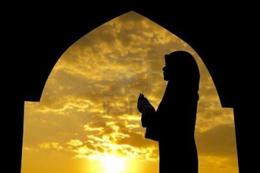 J'ai l'Islam comme Religion, la Mecque comme direction, la prière comme mission, In sha Allah le Paradis comme destination  ..