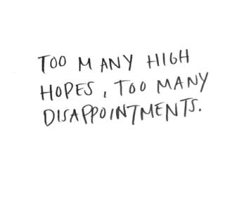 A partir du moment où l'on remet son bonheur entre les mains de qui que ce soit, on met en péril les chances mêmes d'être heureux.