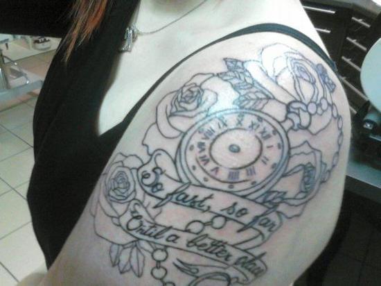 . Quatrième tatouage ; Première partie.  .