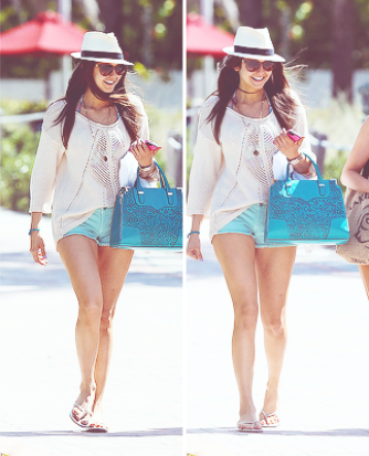 _____CANDIDS - Plage de Miami - Vendredi, le 26 Avril 2013
